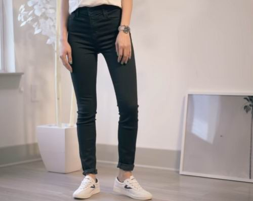 how to distress skinny jeans